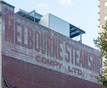 Melbourne - Insegna di azienda dipinta sul muro di mattoni
