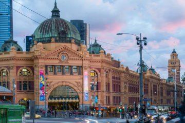 Melbourne: Flinders Station durante l'ora blu