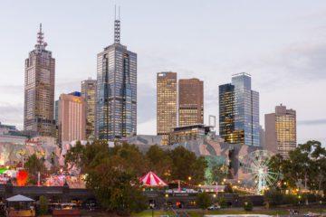 Melbourne Skyline al tramonto